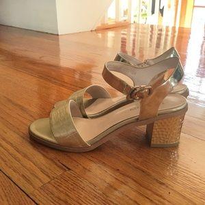 Gold heels size 6 Women's (230 mm)